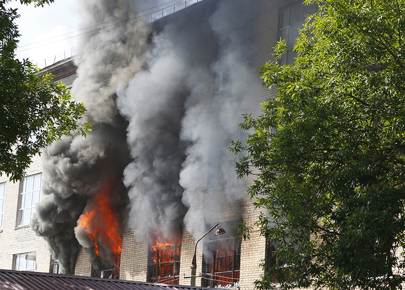 Прокуратура выявила нарушения законодательства о пожарной безопасности на смоленской фабрике «Шарм»