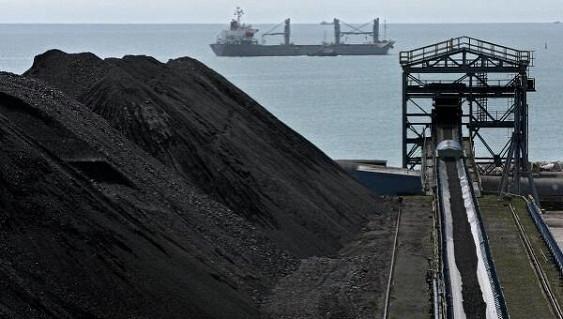 Грузовое судно отправилось из Одессы за «американским углем» в Новороссийск