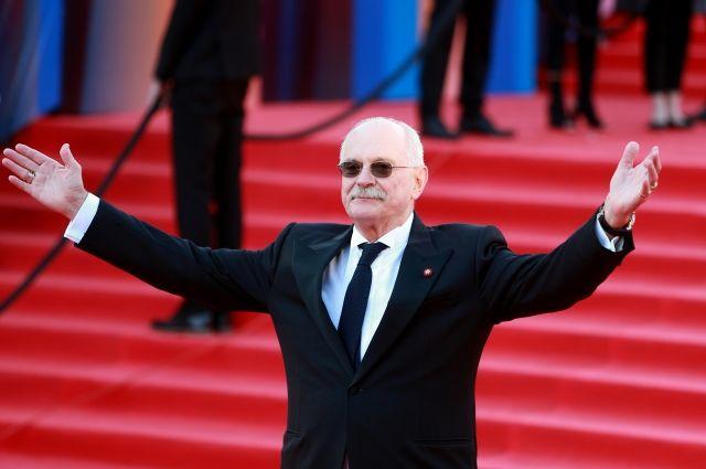 Никита Михалков исключен из состава попечительского совета Фонда кино