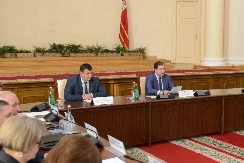 Губернатор Алексей Островский провел Координационное совещание по обеспечению правопорядка в регионе