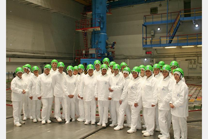 Смоленские учителя ознакомились с передовыми технологиями атомной энергетики