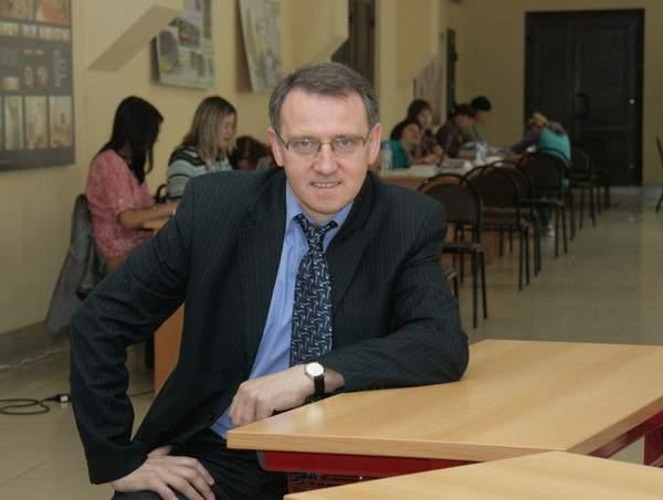 Николая Сенченкова «попросили» с должности проректора Смоленского госуниверситета
