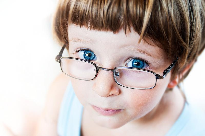 Дальнозоркость у ребенка – это зоркость зрения или дефект оптики?