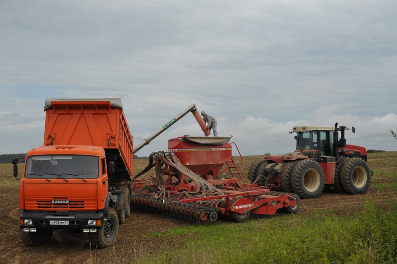 Аграрии Смоленской области собрали урожай больший, чем в 2016-м