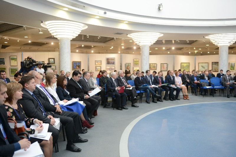 В Смоленске обсудили вопросы создания высокопроизводительных рабочих мест