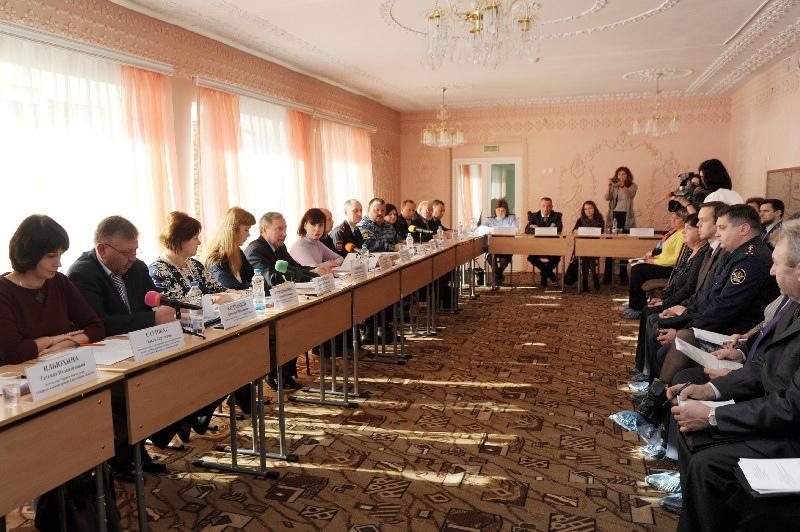 В Смоленской области активно ведется работа по профилактике семейного неблагополучия