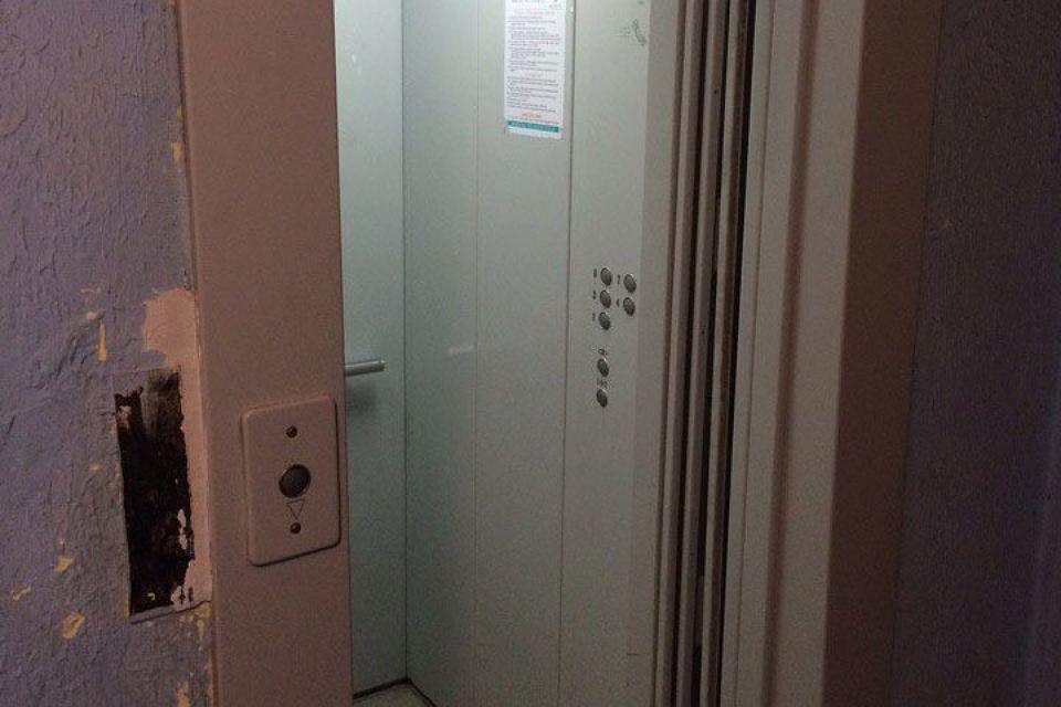 Смоляне жалуются на работу лифтов в своих домах
