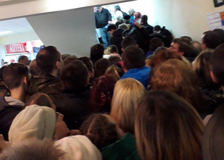 DNS в Смоленске действительно продал сотню холодильников за 15 минут
