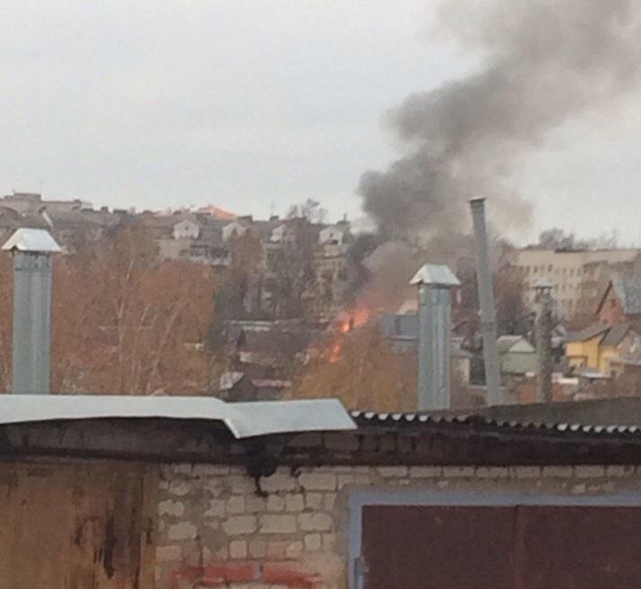 В сети появилось фото с пожара в центре Смоленска