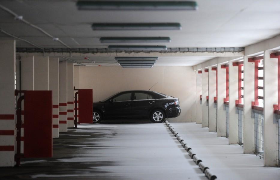 На углу улиц 25 Сентября и Попова в Смоленске может появиться многоуровневая парковка