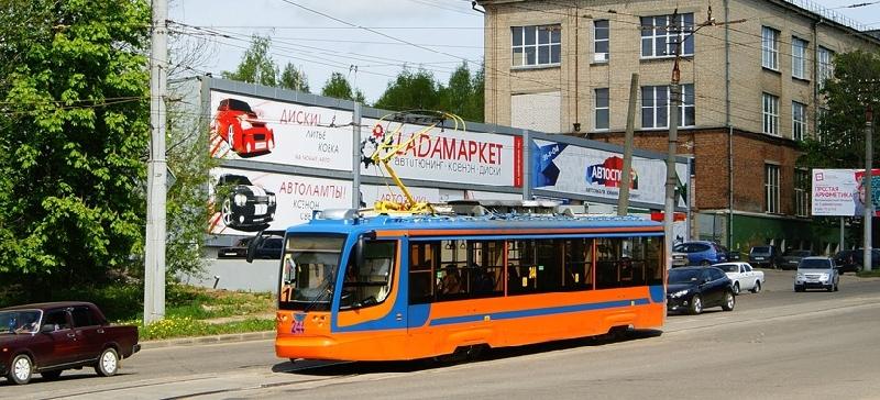 В Смоленске возобновилось движение трамваев и троллейбусов по улице Шевченко