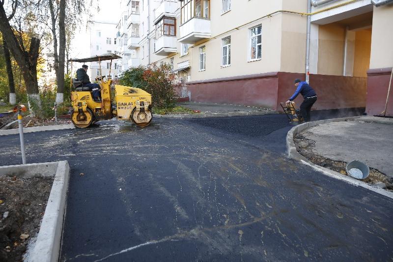 Мэр Смоленска объяснил, почему затянулось благоустройство дворов по проекту «Городская среда»