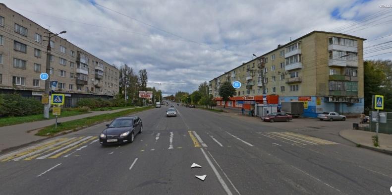 В Смоленске перенесут остановку «ТЮЗ» и уберут переход рядом с ней