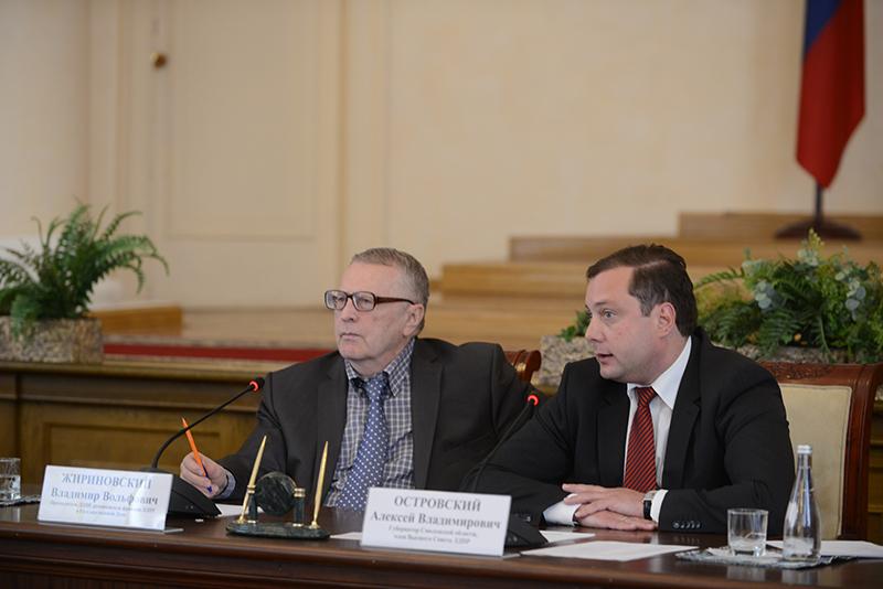 Владимир Жириновский: Если меня изберут президентом, то премьером может стать губернатор Смоленской области