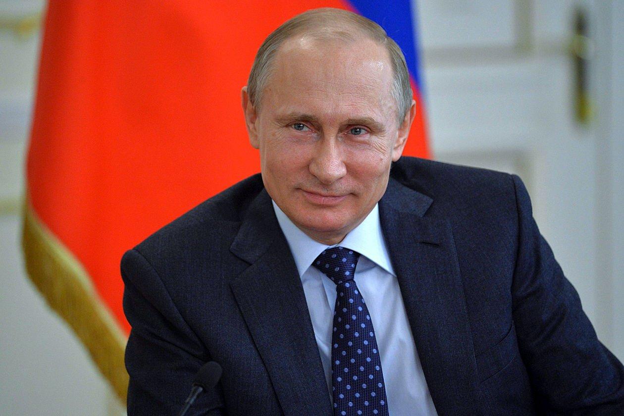 Путин выделил Смоленской области деньги на ремонт детсада и школы в поселке Верхнеднепровском