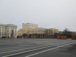 В Смоленске начали готовить главную ледовую арену области
