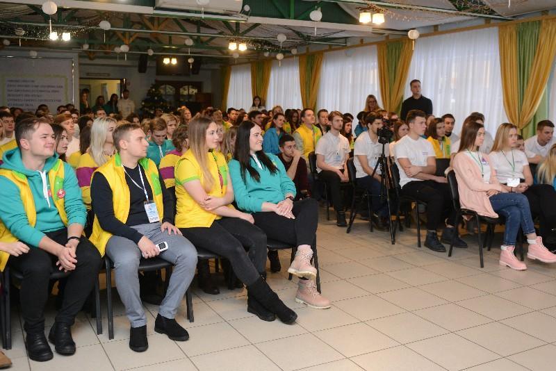 В Смоленске предложили открыть «Школу Волонтёра»