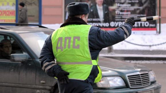 В праздничные дни в Смоленской области сотрудники ГИБДД проведут «сплошные» проверки водителей