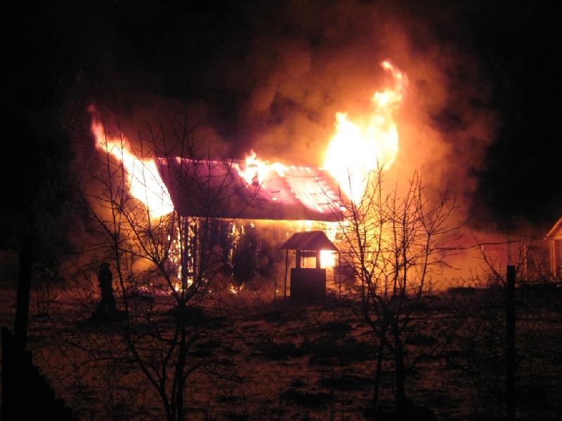 Под Смоленском сгорел «райский» дом