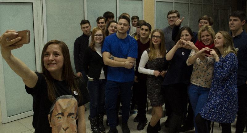 В Смоленске открыли Штаб сторонников Путина
