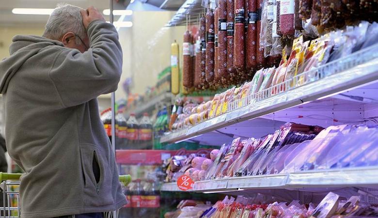 Россияне жалуются на завышение цен на продукты питания в преддверии Нового года