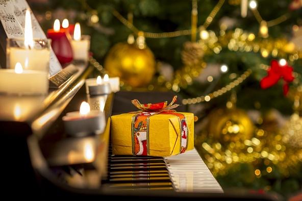 Новый Год – время чудес, радости, подарков