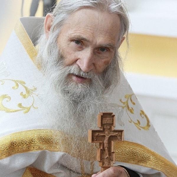 Когда в Смоленск приедет духовник Патриарха Кирилла