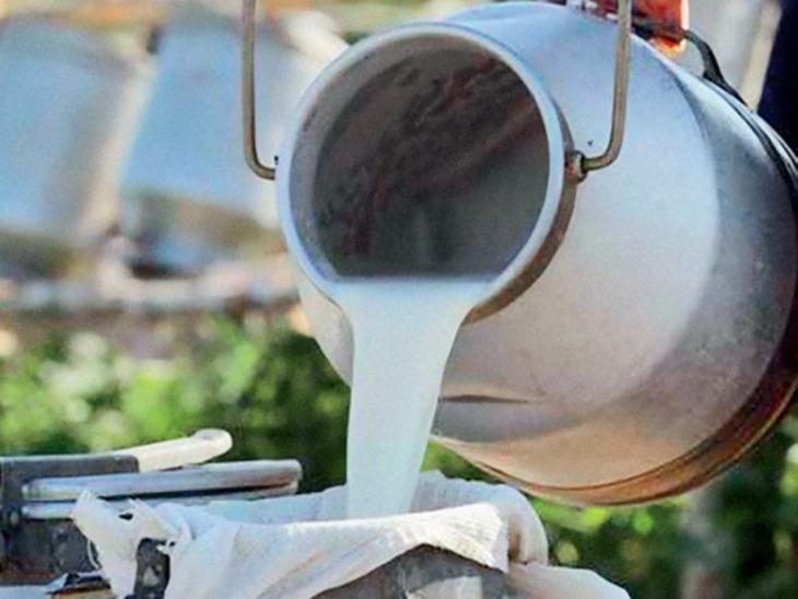 В Смоленской области обнаружен грузовик с подозрительным молоком