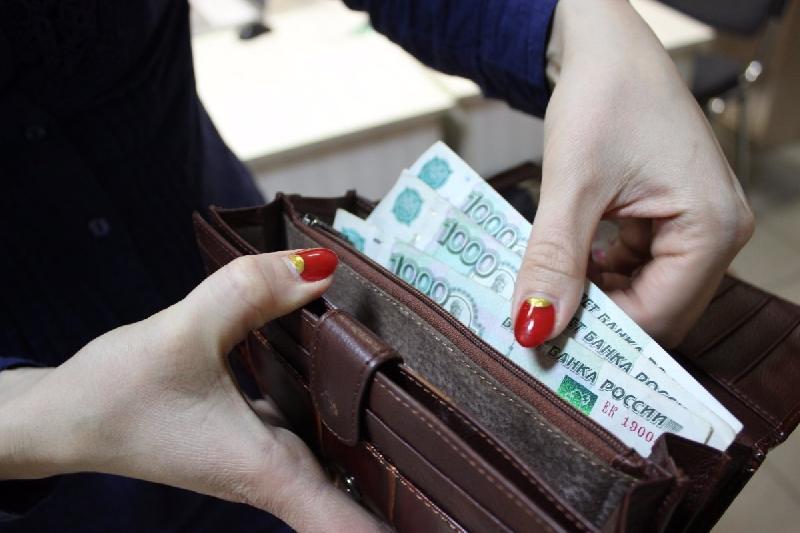 В Смоленской области снизилась задолженность по зарплате