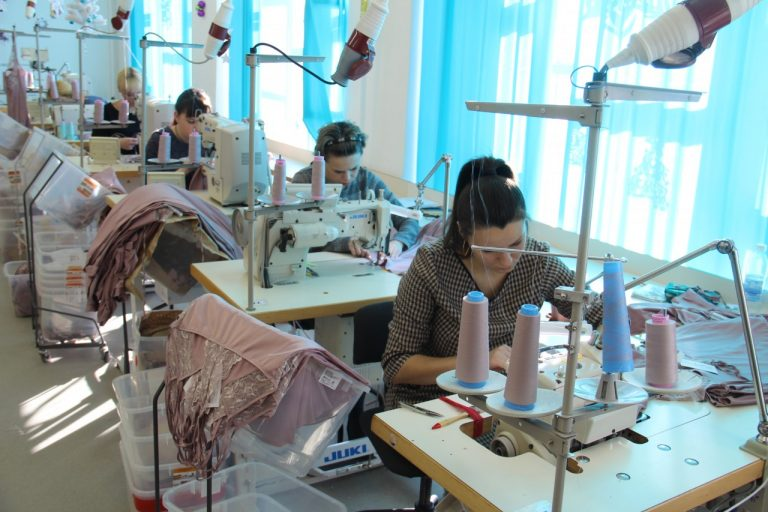 Под Смоленском открылось новое швейное производство