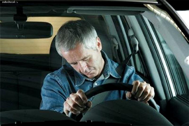 В Смоленске водитель маршрутки заснул во время поездки