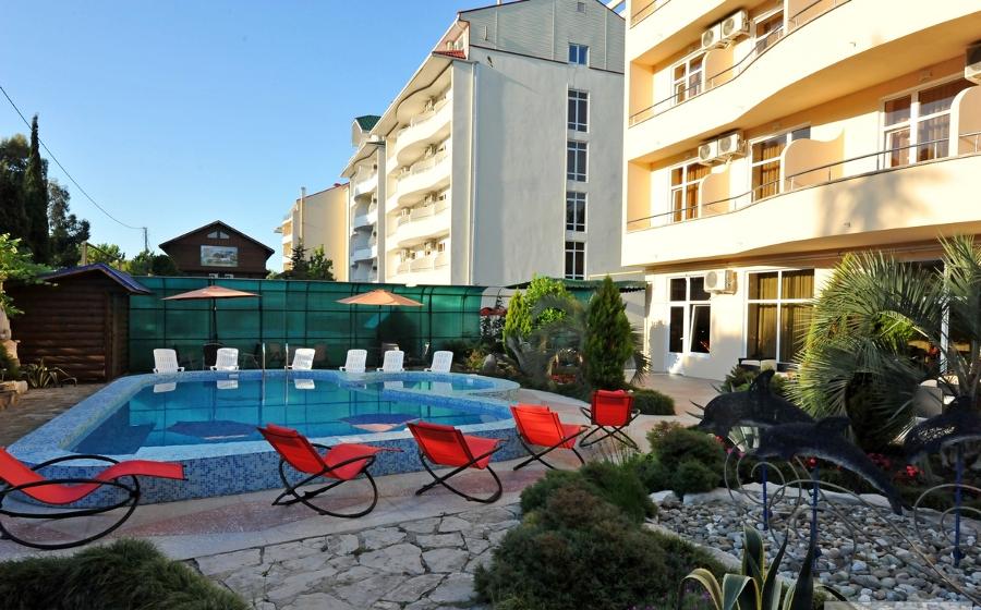 Отель «Кристалл»: проживание и развлечения на все 100%