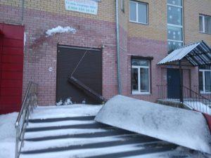 В новом доме в Смоленской области обрушилась часть кровли
