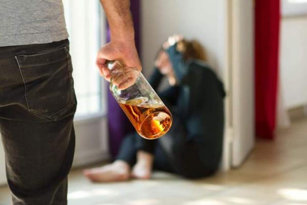 Сколько смолян за неделю оштрафовали за пьянство и курение