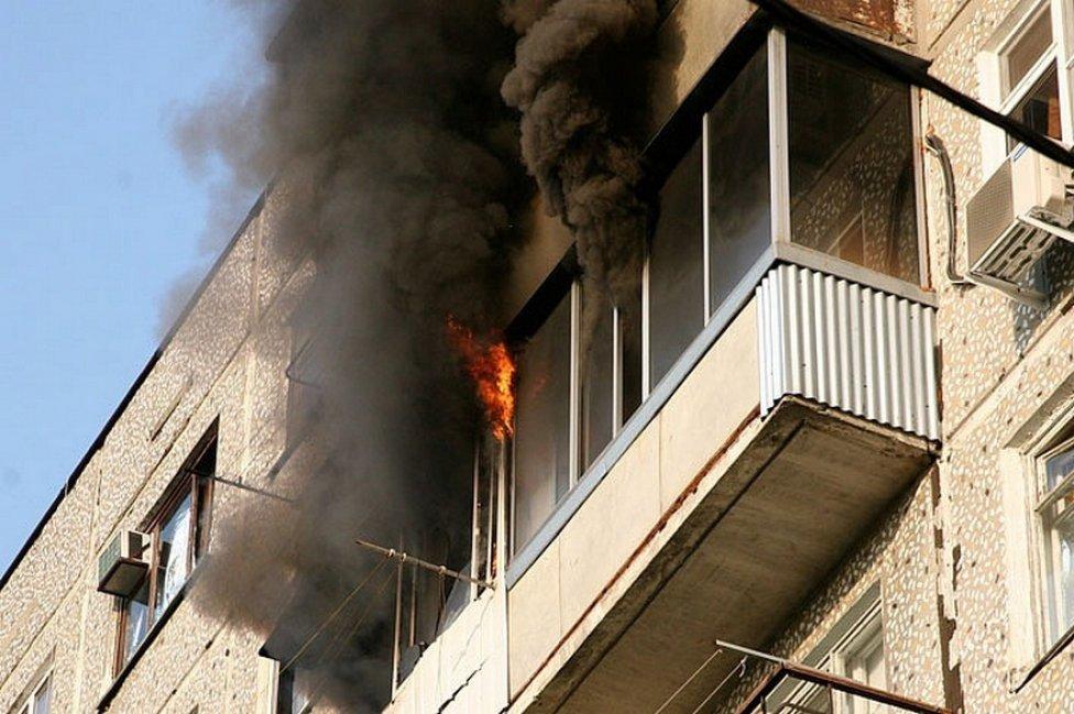 В пожаре под Смоленском сгорели сразу 5 квартир