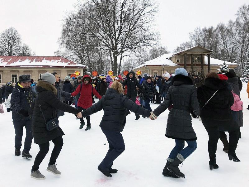 В праздничных масленичных гуляниях приняли участие свыше 35 тысяч смолян