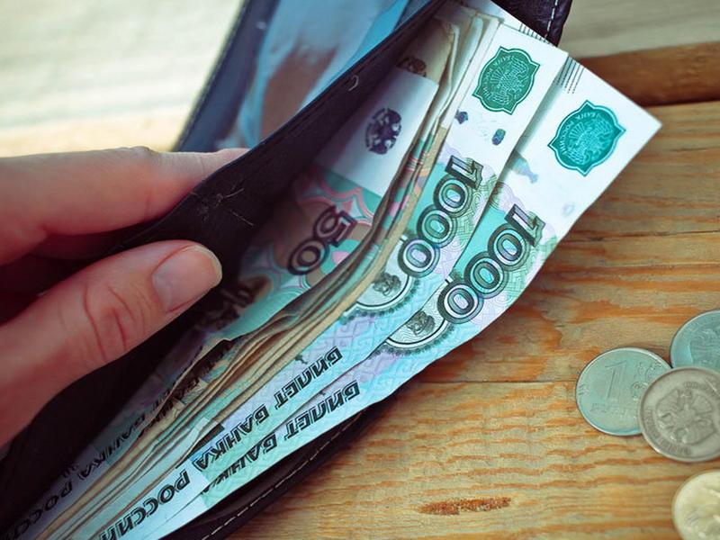 Госдума приняла в первом чтении закон о повышении МРОТ до уровня прожиточного минимума