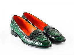 Шикарная обувь из крокодиловой кожи – несомненный признак успешности