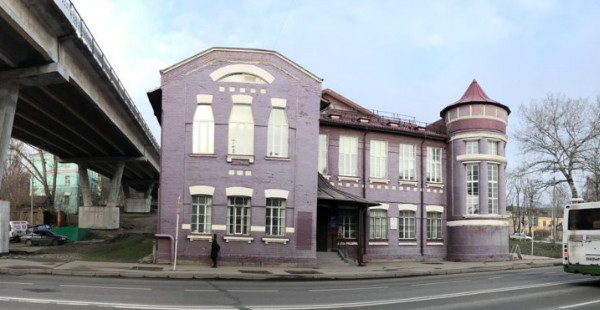 В Смоленске продают старинный особняк