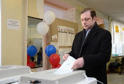 Губернатор Смоленской области проголосовал на выборах президента России