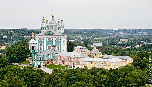 Смоленская область приняла участие в туристических выставках