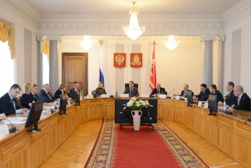 В администрации Смоленской области обсудили вопрос предупреждения коррупции в сфере ЖКХ