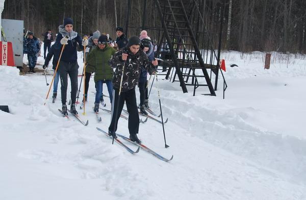 В Смоленской области память ветерана почтили лыжной эстафетой