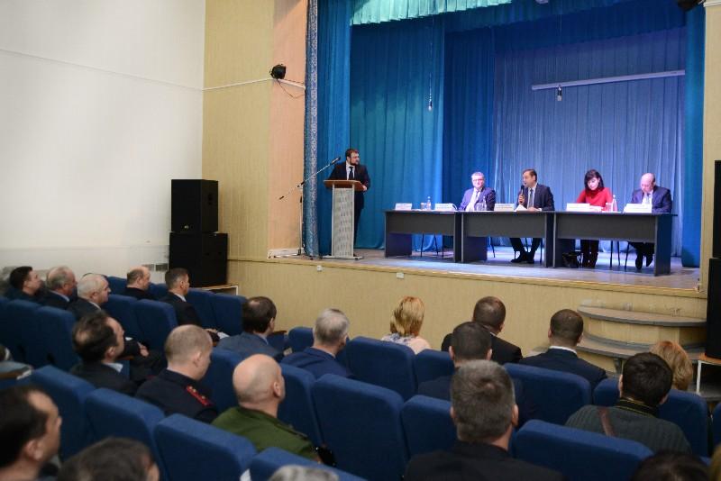 Губернатор Смоленской области провел рабочую встречу с новым главой Новодугинского района