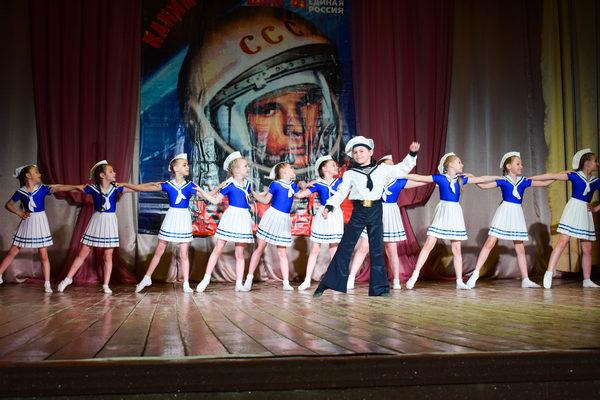 Жители Смоленского района взяли «космическую высоту»