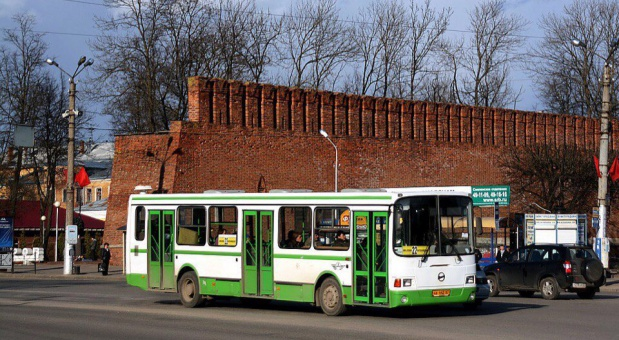 На Радоницу в Смоленске запустят дополнительные автобусы