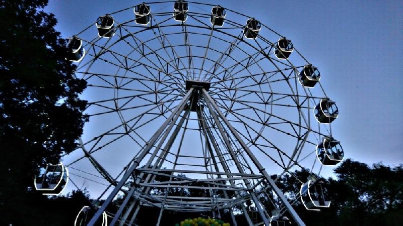 Когда в Смоленске появится новое колесо обозрения