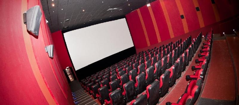 Владельцев торговых центров обяжут перенести кинотеатры и детские комплексы на первые этажи