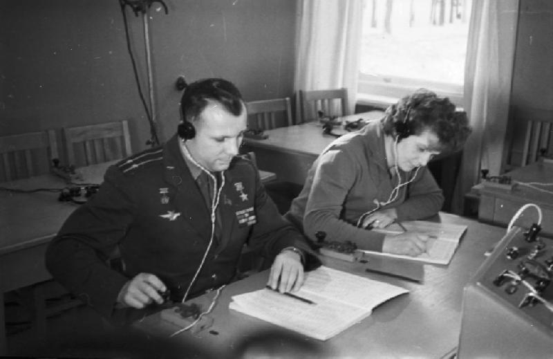 В смоленской школе, где учился Юрий Гагарин, установят «Парту Героя»