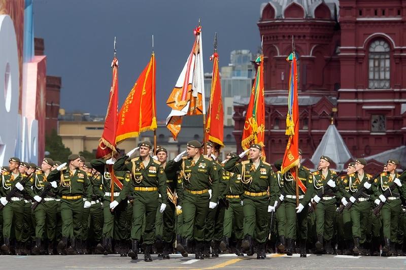 Курсанты смоленской военной академии впервые примут участие в главном параде Победы в Москве